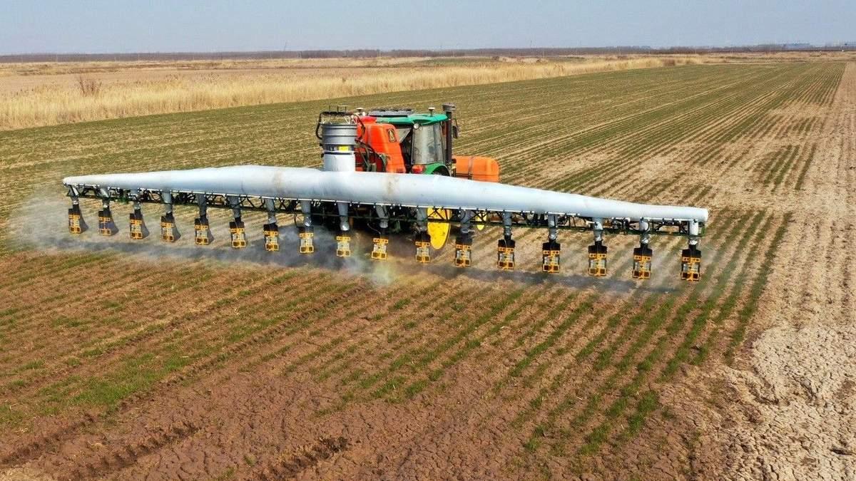Гербіцид для захисту посівів від бур'янів: застосування, ефективність