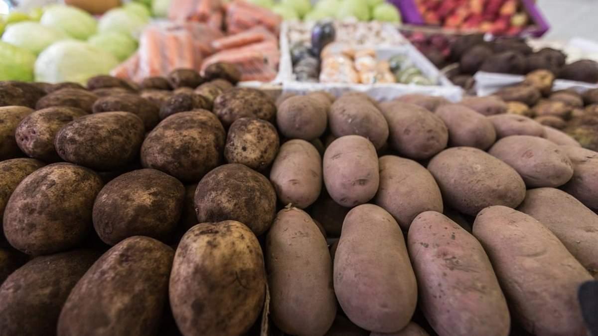 Украинские супермаркеты продают литовский картофель