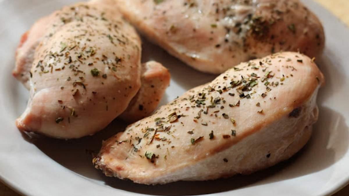 """Курятина """"из пробирки"""": сколько будет стоить лабораторное мясо израильской компании"""