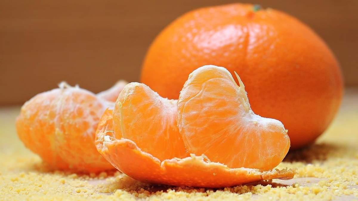 Українці стали споживати більше фруктів