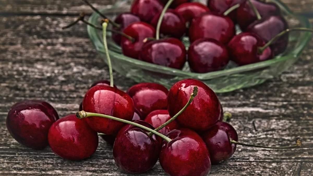 Сбор урожая черешни задерживается: причины