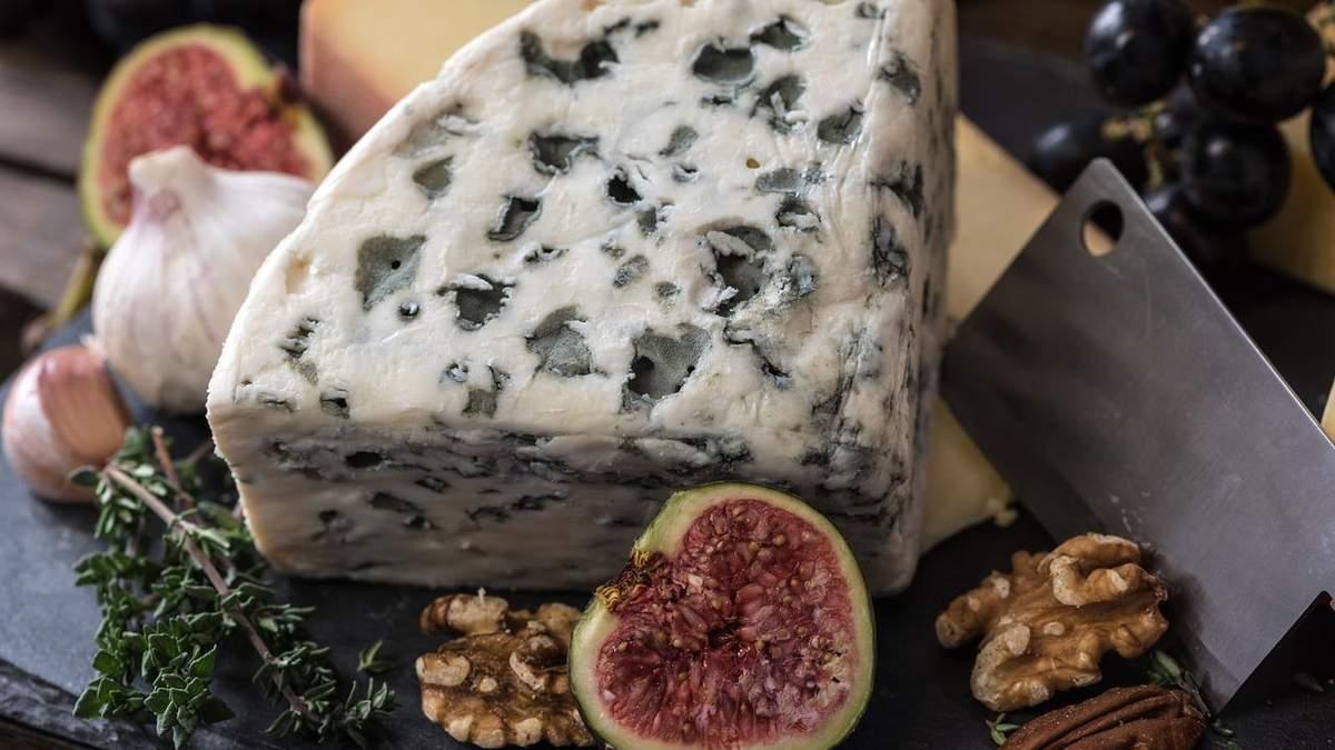 Традиційного дешевшання сиру в Україні не буде