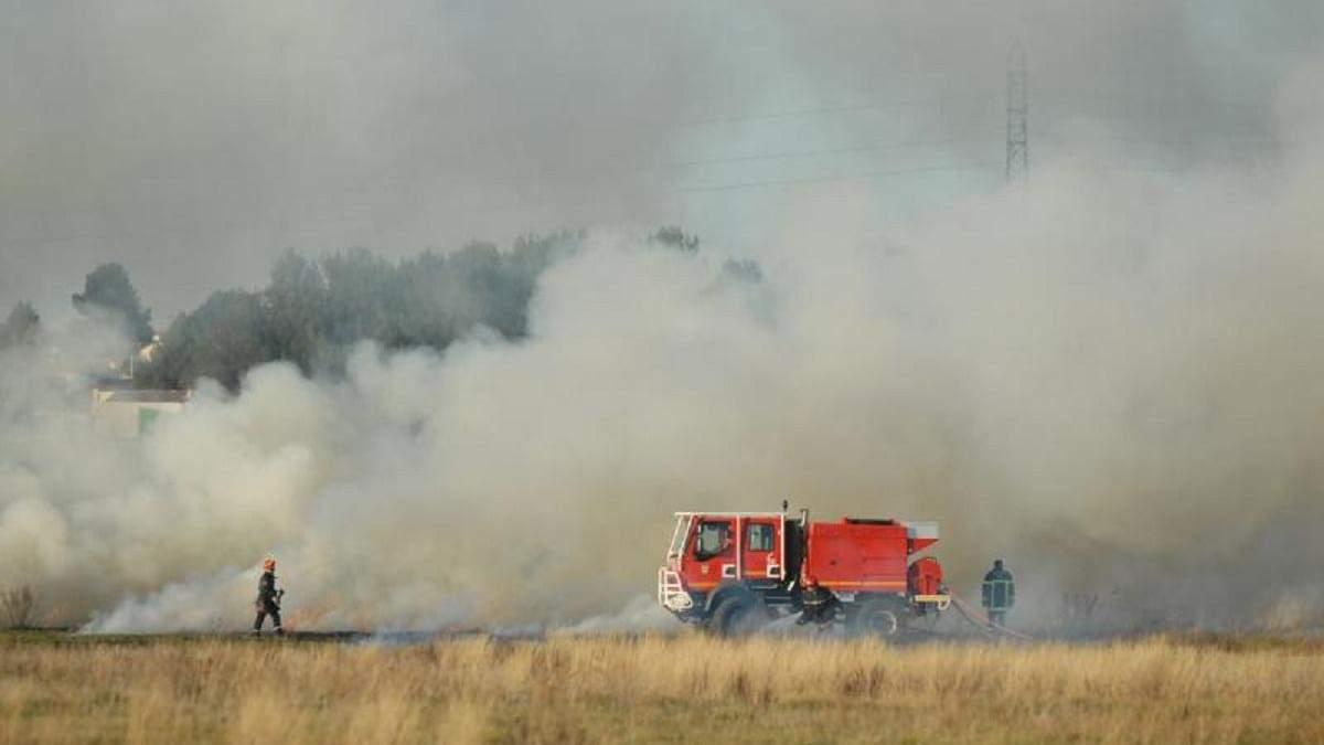 Пожар на поле в Сардинии