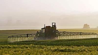 Збільшення ввізного мита на ЗЗР призведе до подорожчання харчової продукції, – ЄБА