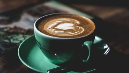 Як кава впливає на наш організм і що буде, якщо пити понад 4 чашки на день: пояснення невролога